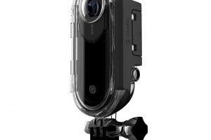 Insta360 ONE waterproof housing