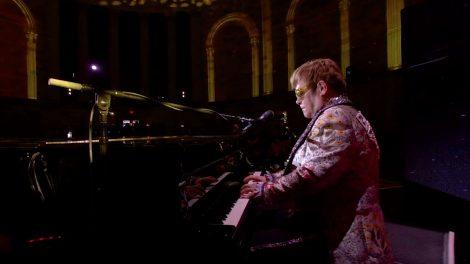 Sir Elton John's farewell tour in Google VR180