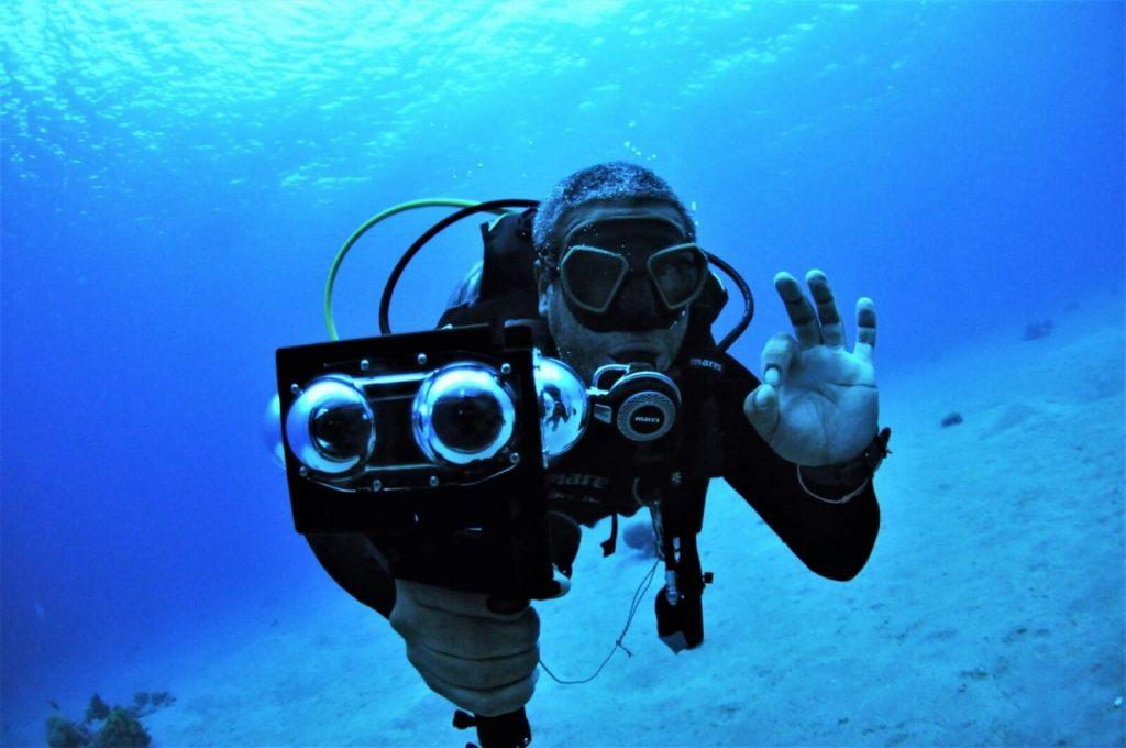 Vuze 3D 360 camera underwater - waterproof 3D 360 camera