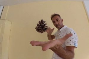 M1ndwarp's amazing levitation trick